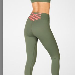 Powerhold Fabletics 7/8 compression size M